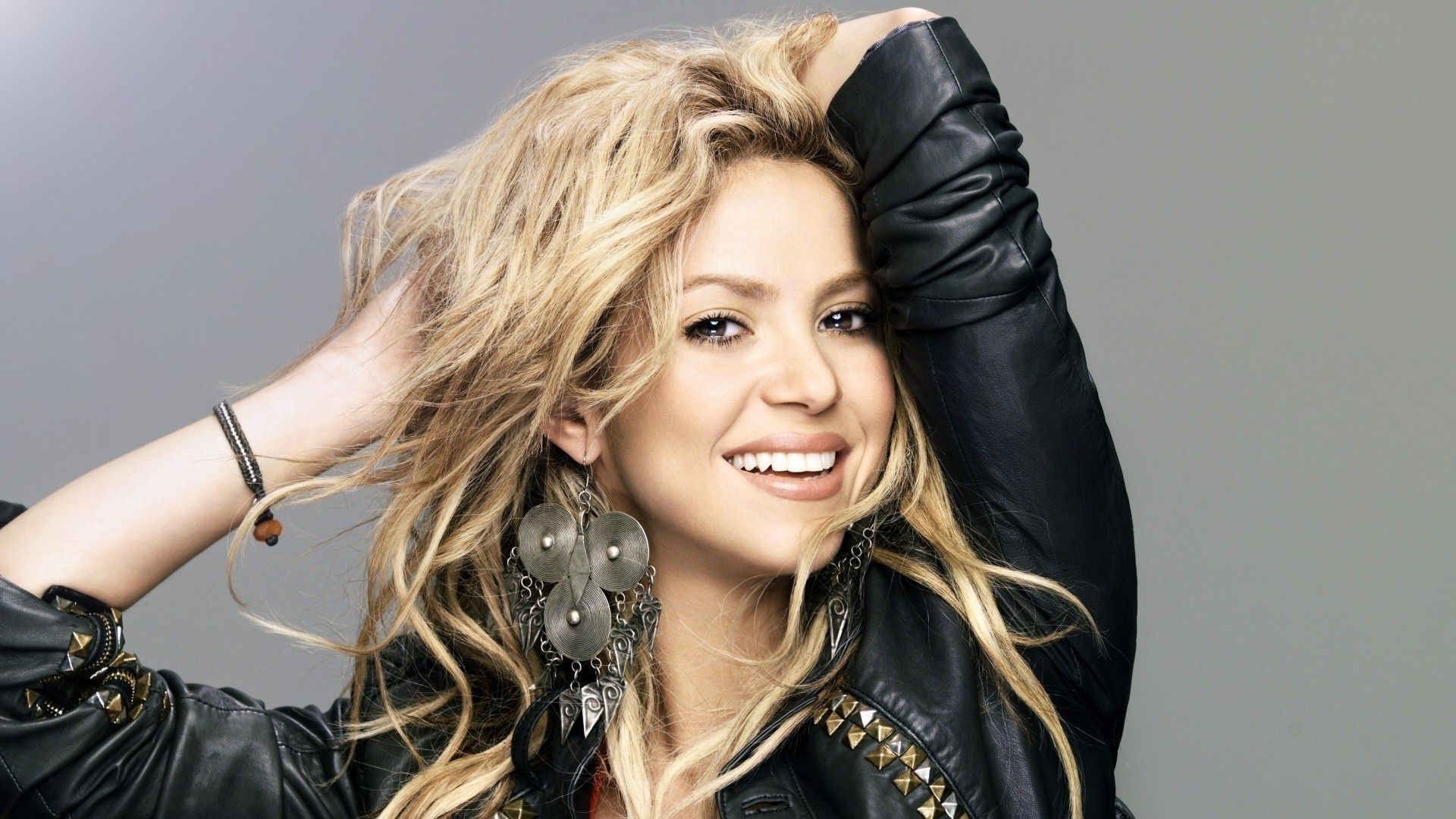 Free Download Pure 100 Shakira Hd Wallpapers Latest Photoshoots Beautiful Images And More For Pc Laptops Iphone And More Hair Styles Shakira Hair Shakira