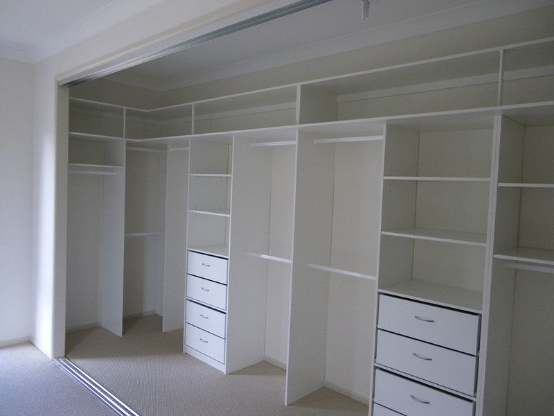 Walk in wardrobe or back wall of my walk in closet could this be it walkin closet - Bedroom wall closet designs ...