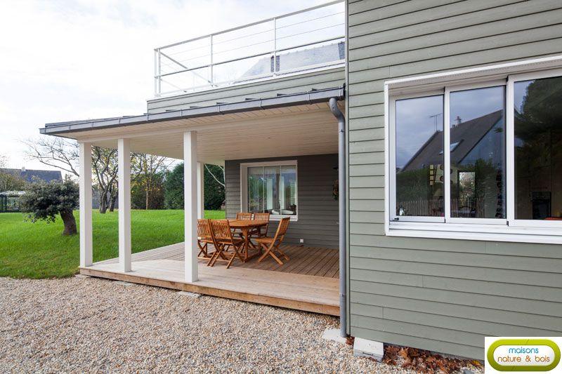 Maisons Nature et Bois a construit cette superbe maison bois - maison bardage bois couleur
