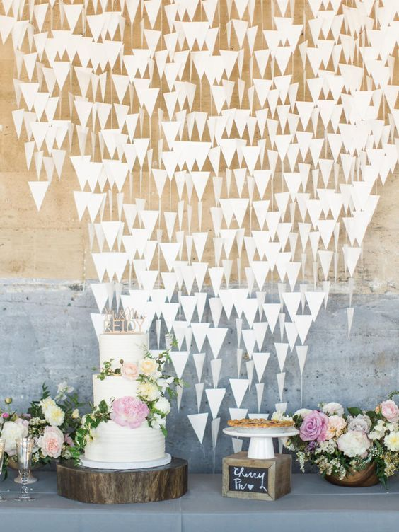 Looking or something a bit more modern for your urban space? Geometric cutouts have a way of feeling whimsical but incredibly contemporary at the same time. (Perfect for a sweet dessert display!)