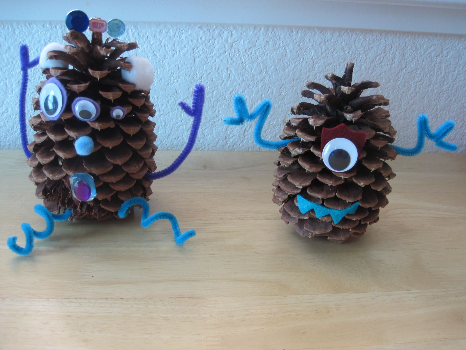Halloween Crafts With Pine Cones Bing Images Pine Cone