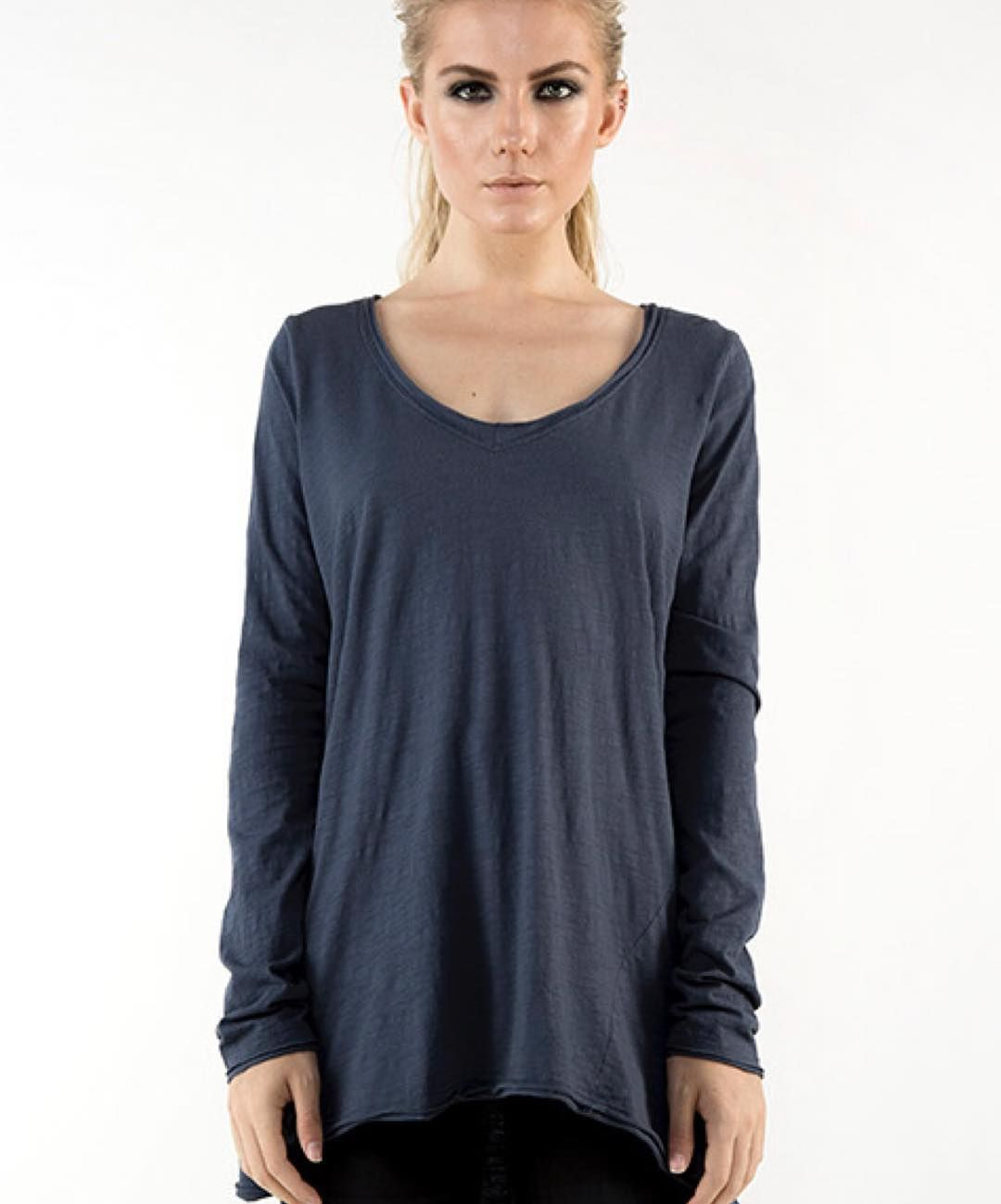 Oversized long sleeve tee || yes yes and yes it ticks all the boxes #basic #long sleeve #vneck #indigo #mixandco #shop3280 by mixandcoclothing