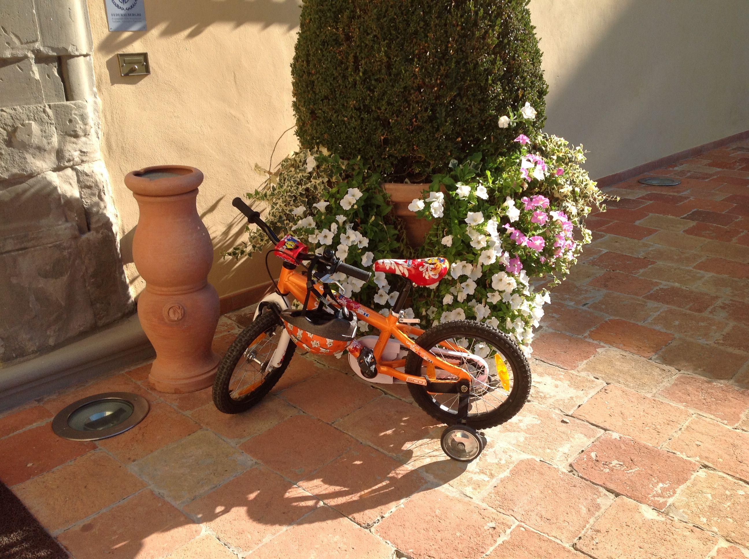 E' bello quando tutti i nostri ospiti si sentono a casa! Making every guest feels at home! #kids #bike