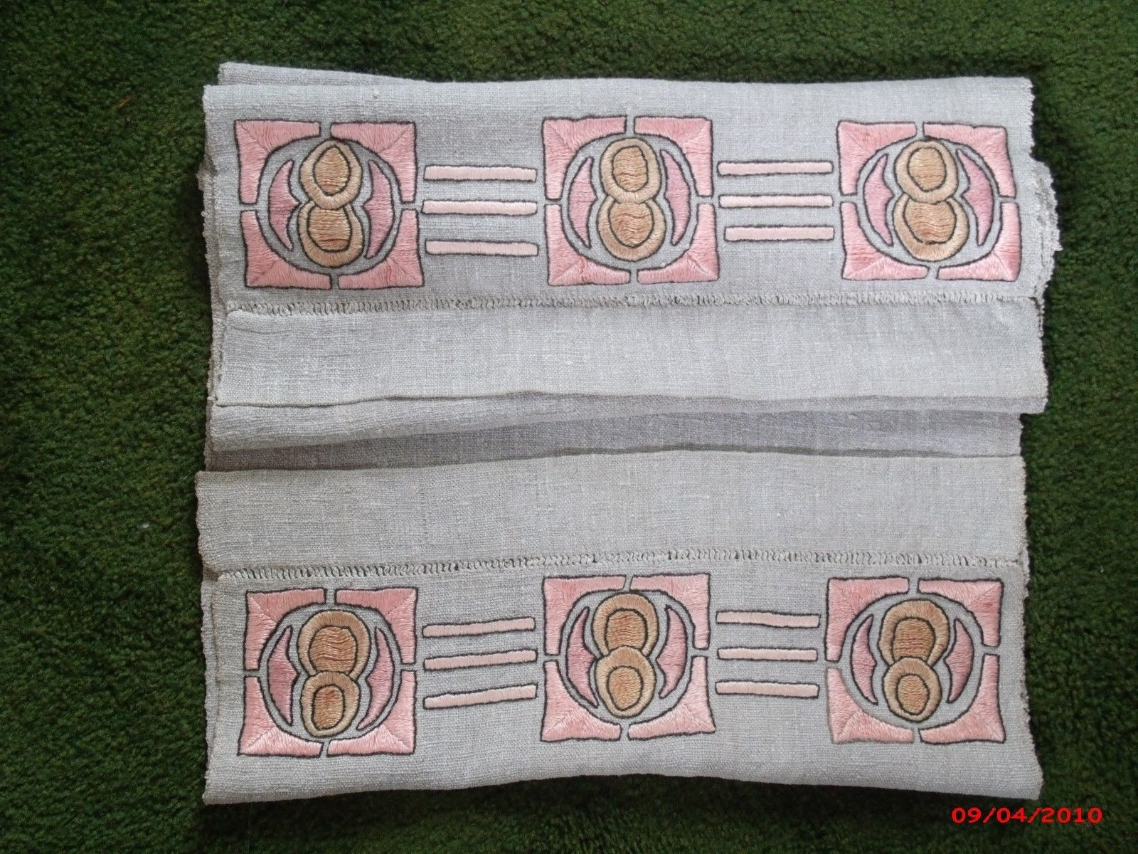 Iconic Arts And Crafts Heavy Linen Embroidered Runner 60 Inches Long