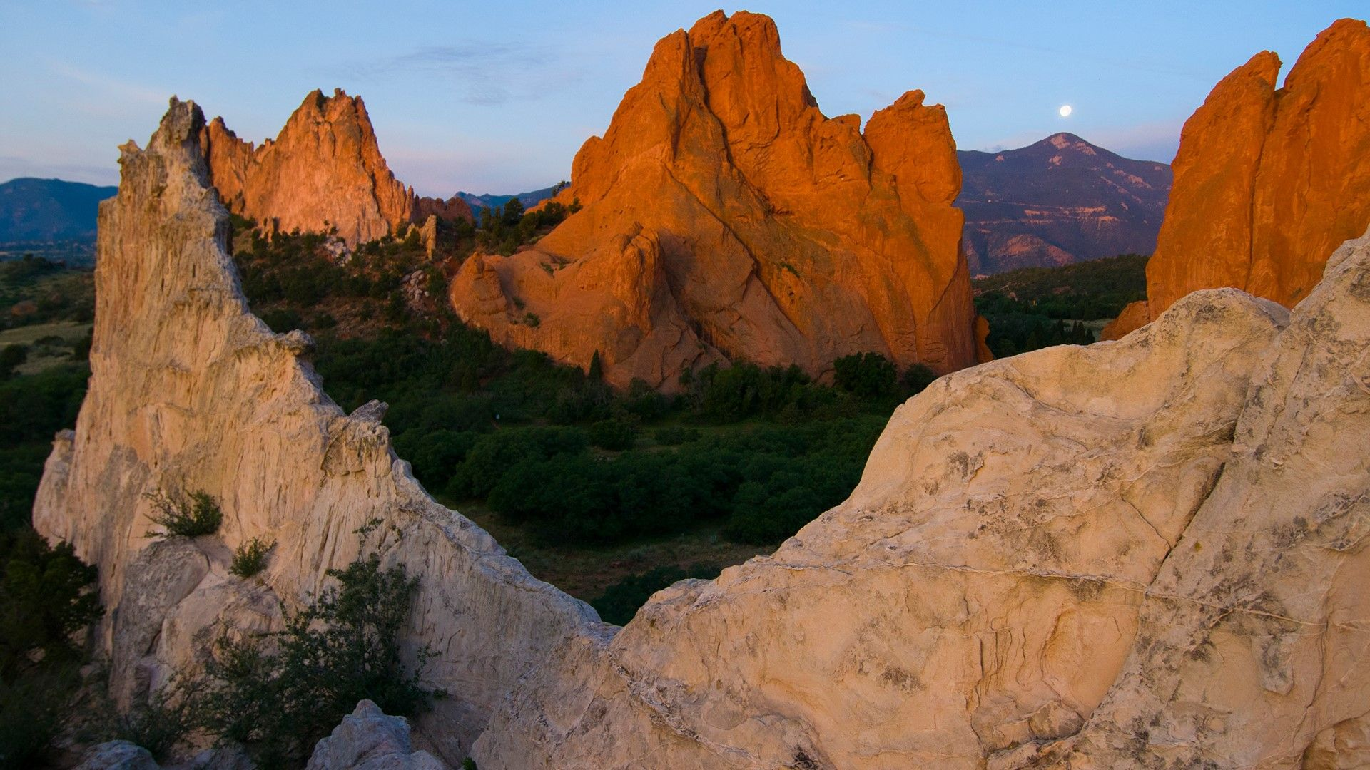 Lockscreen From Windows 10 Pikes Peak Colorado Springs Colorado