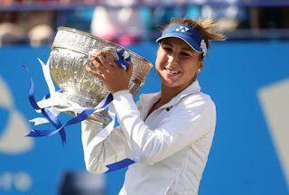 Blog Esportivo do Suíço: Aos 18 anos, a suíça Belinda Bencic conquista título inédito na WTA
