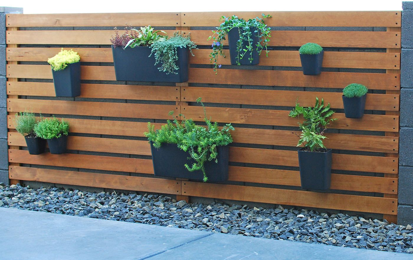 Easy & Amazing DIY Modern Plant Wall   Pinterest   Vertical garden ...