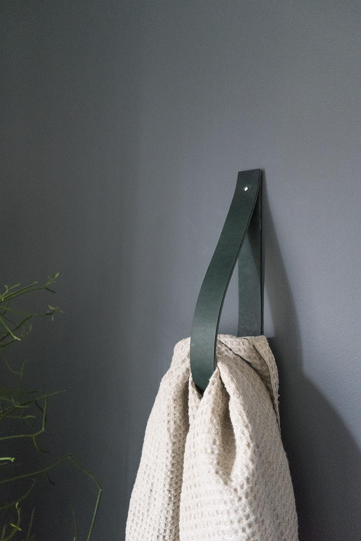 Handdoek \'haak\' | Badkamer | Pinterest | Badezimmer, Bäder und Möbel ...