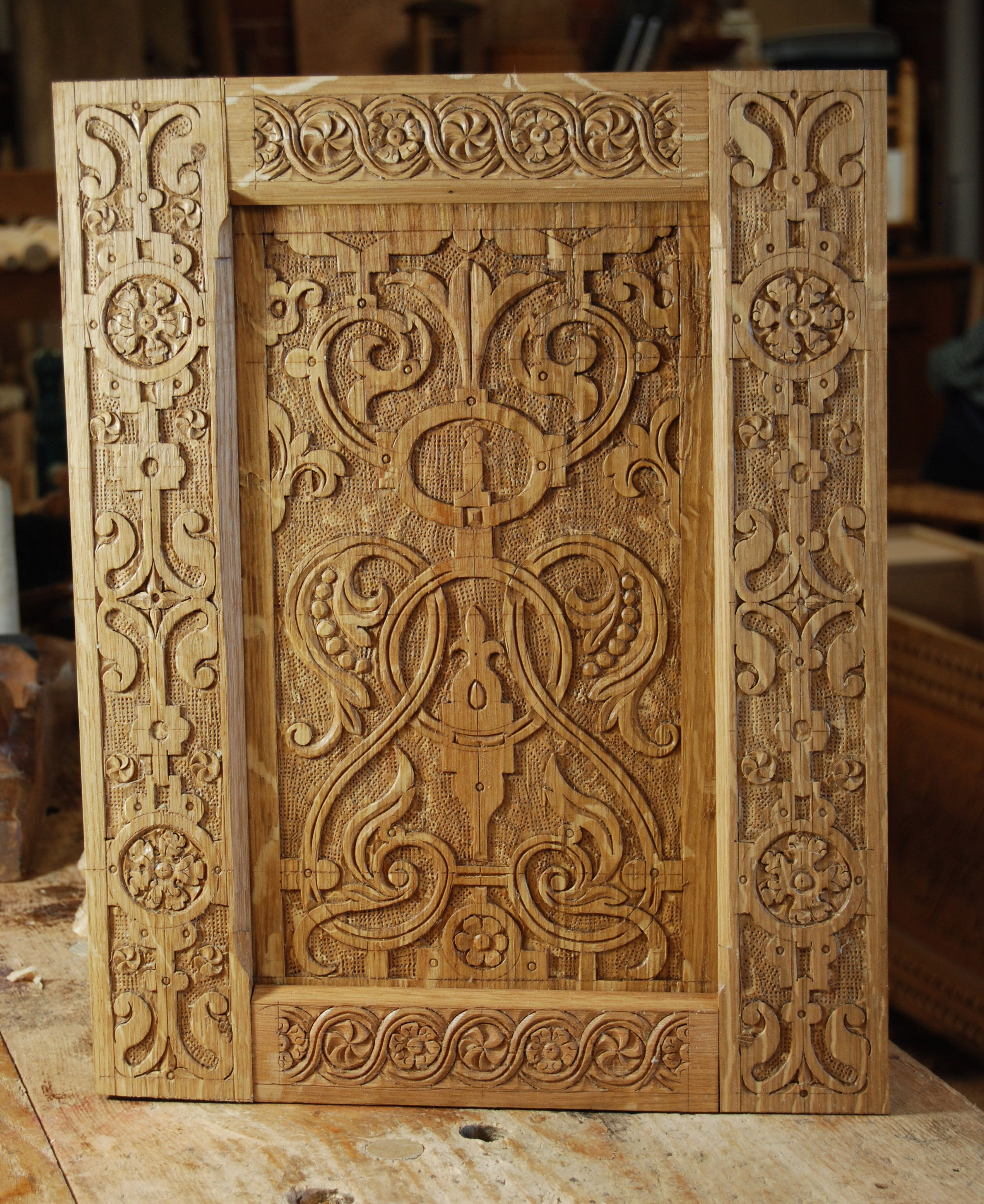 Wood carved door tudor Поиск в google doors