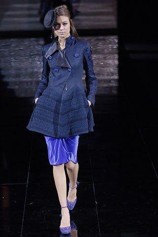 Giorgio Armani Fall 2006 Ready-to-Wear Collection Photos - Vogue