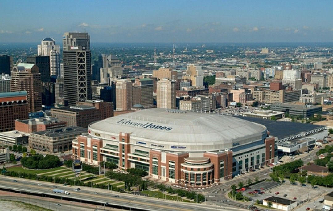 Edward Jones Dome In St Louis Mo Home Of The St Louis Rams Edward Jones Dome Stadium Nfl Stadiums
