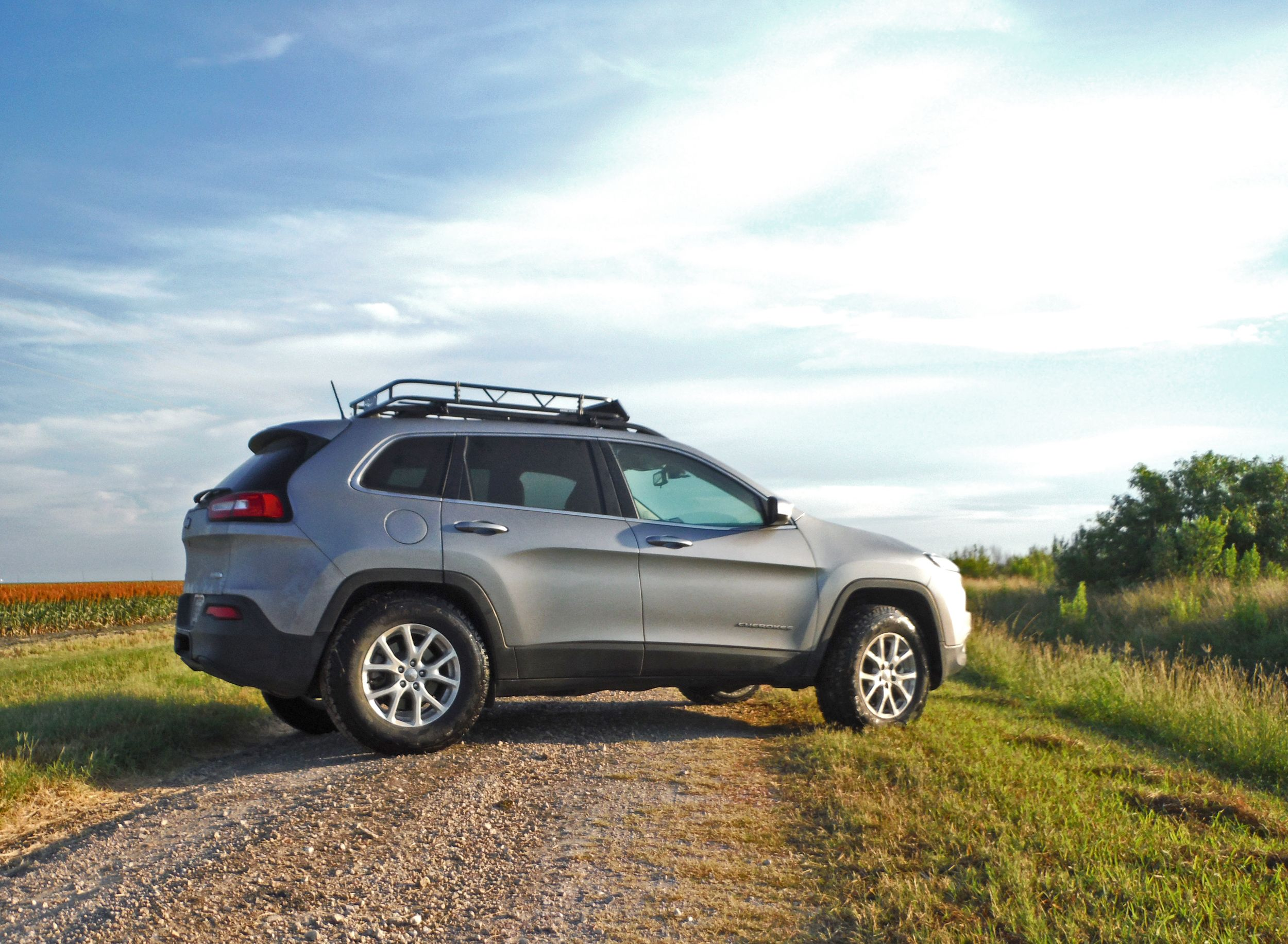 Lifted Jeep Cherokee Latitude 4x4 Kl Ad1 30 5 Tires Garvin