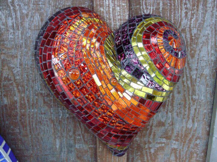 mosaic heart mosaics 7 pinterest mosaik herz und ideen. Black Bedroom Furniture Sets. Home Design Ideas