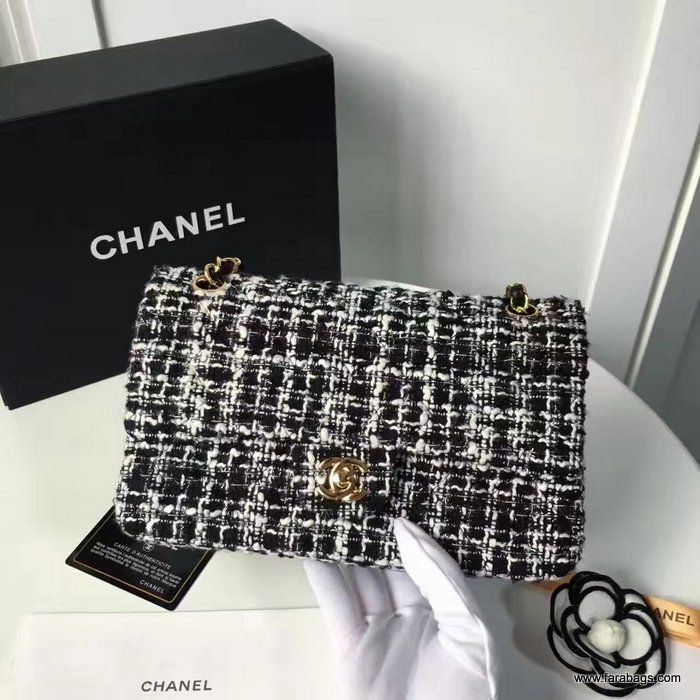 Chanel Tweed and Lambskin Classic Flap Bag A01112 2016  cc5967ac6928d