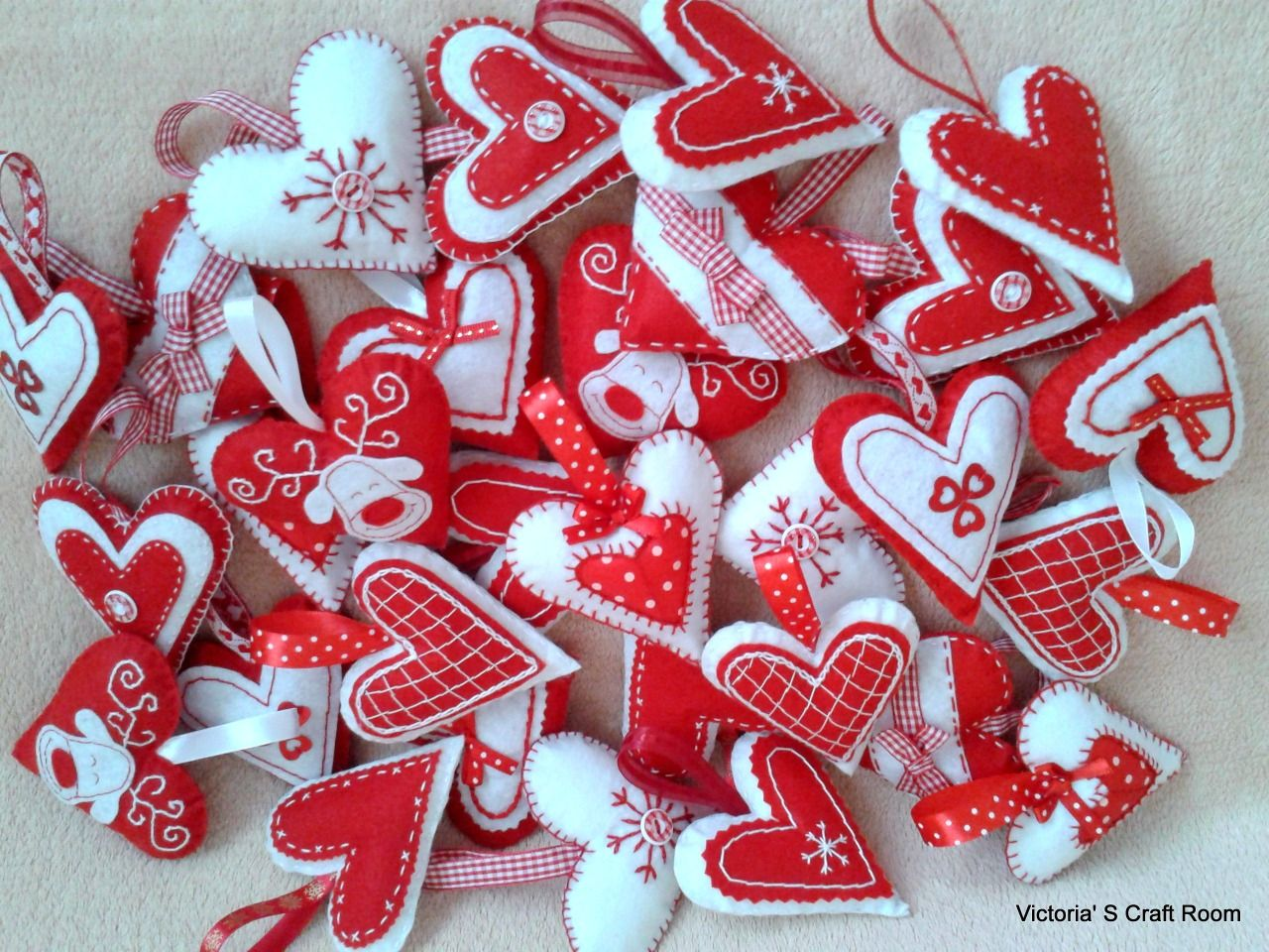 6d6b10ff6 Vianočné srdiečka z filcu :: Victoria'S Craft Room   vianočné ozdoby ...