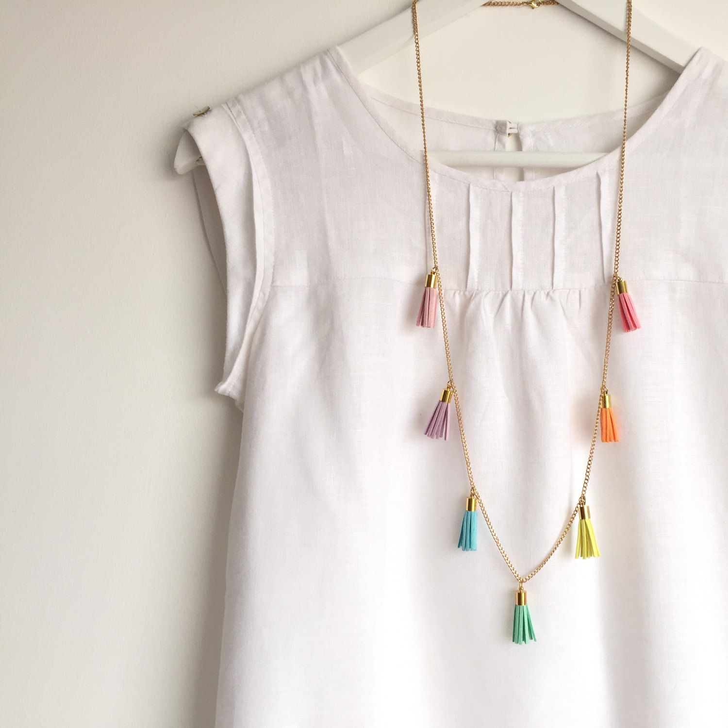 PASTEL RAINBOW Tassel Necklace – Colourful Long Necklace with 7 Tassels