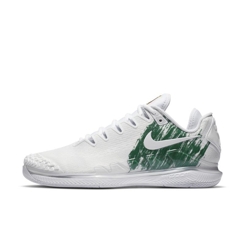 The latest innovation to hit the court, the NikeCourt Air Zoom Vapor X Knit gives you responsive performance in a breathable, lightweight design. The supportive knit and synthetic upper is built to secure your foot during your most explosive movements.  Breathable Support  Circular-knit material is breathable and lightweight. High-strength yarns help support your foot while you run the court.  Court-Ready Comfort  A soft foam midsole has a Zoom Air unit at the heel for low-profile, responsive cu