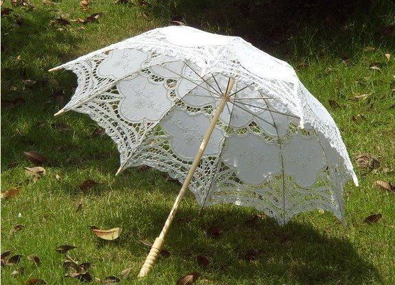 A Wedding Parasol Can Bring Touch Of Elegance To Generally Casual Event Like Beach Choose From Lovely Lace Parasols Cute Paper And