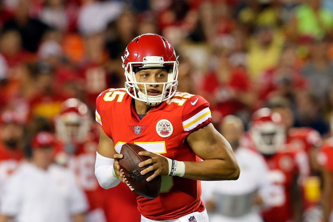 Mahomes, the 10th pick in the 2017 draft, gets his shot