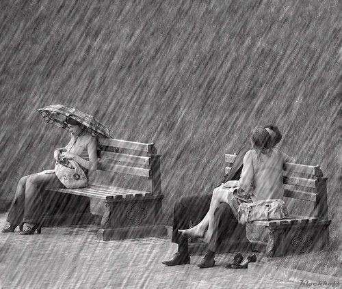 benches jour de pluie pinterest rain and photography