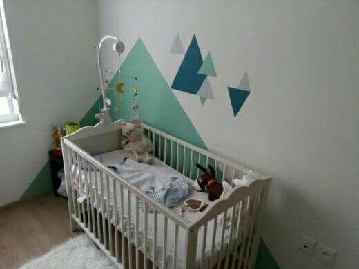Chambre bébé triangle vert d\u0027eau bleue et grise Chambre bébé
