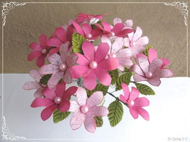 Easy paper flower tutorial flower making tutorials pinterest easy paper flower tutorial mightylinksfo
