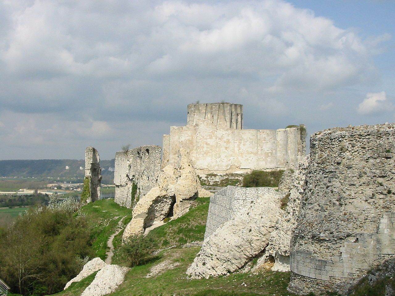 Chateau gaillard (France).jpg | Castle, Citadel, Fortress, Stockade ...