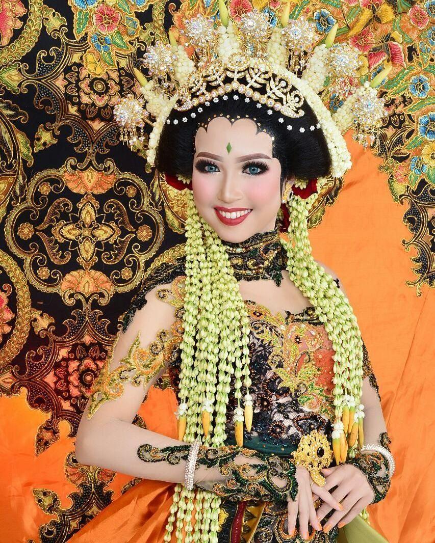 Baju Adat Pengantin Jawa Timur Pakaian Pernikahan Pengantin Pose Pengantin