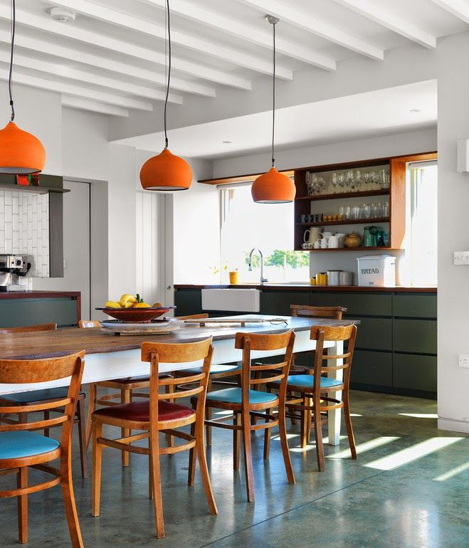 Yellow house on the beach: modern, colorful, and the personal touch