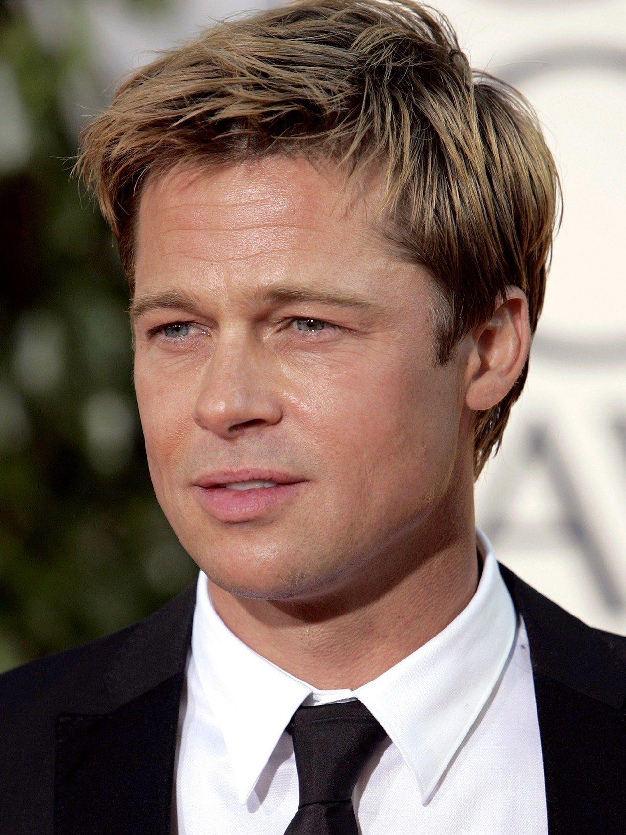 16 Looks That Prove Brad Pitt Is A Grooming God