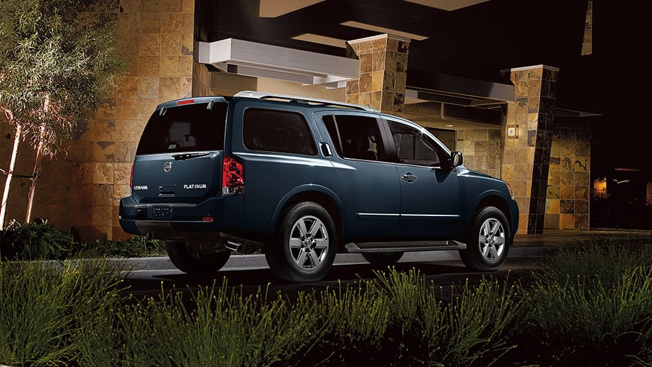 Nissan Armada® Platinum shown in Graphite Blue Vinchinzo