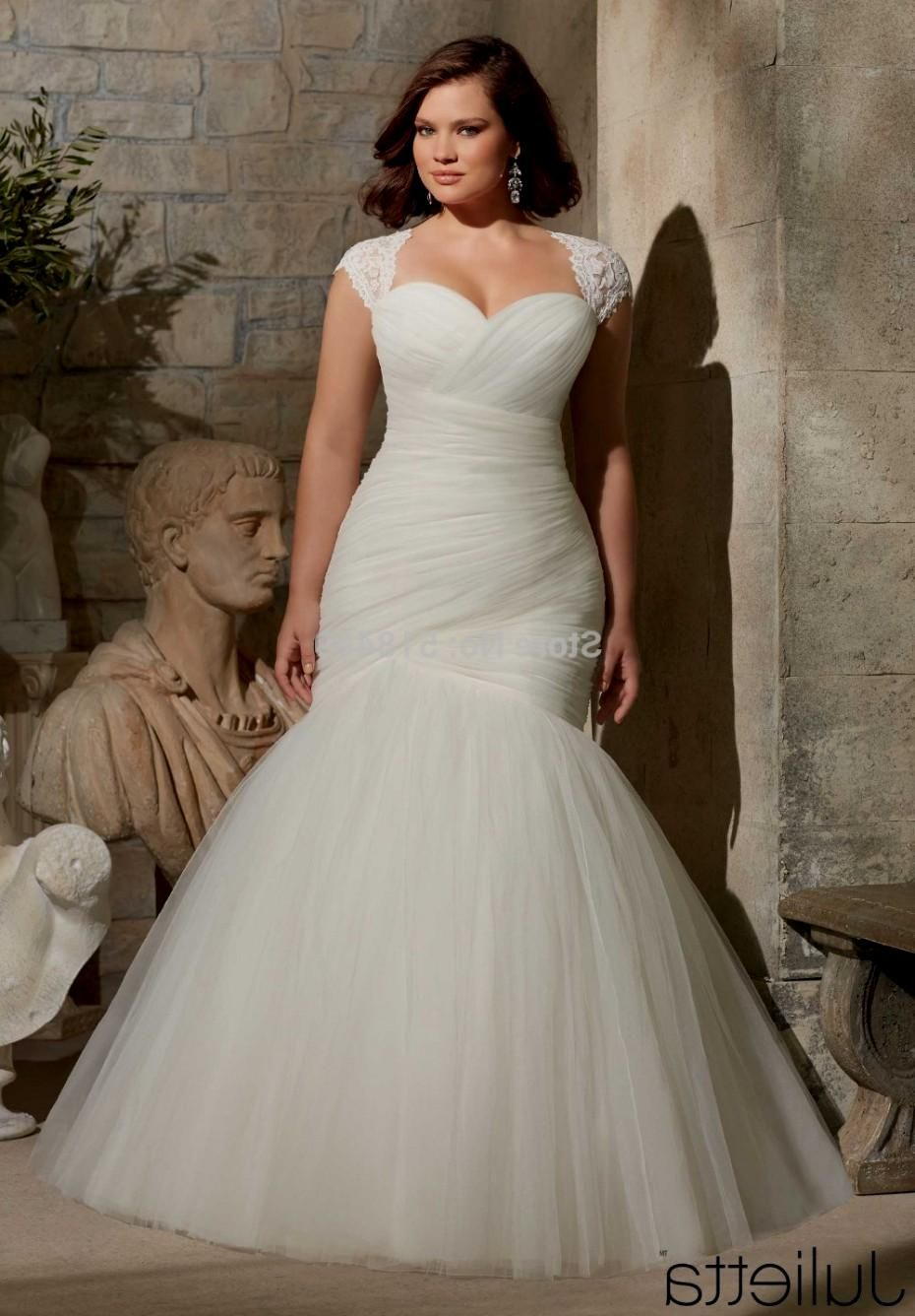 The mermaid wedding dress is one of the most flattering styles for