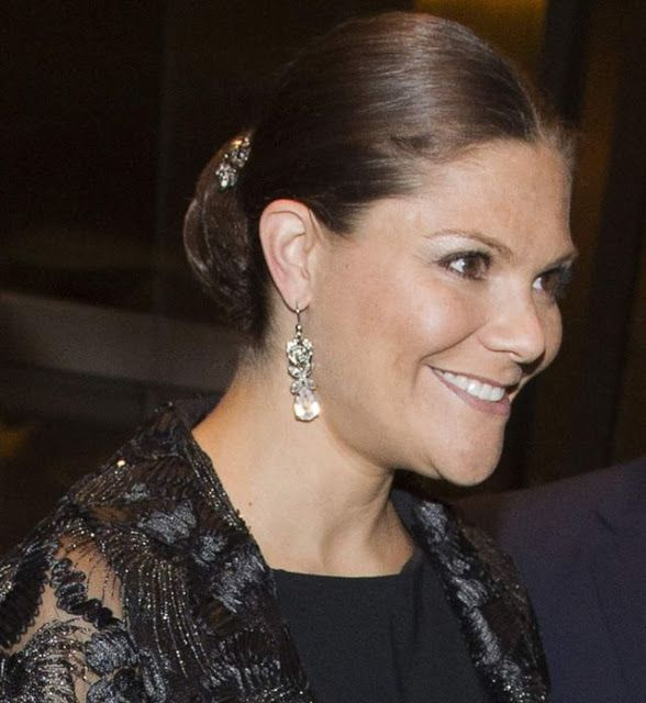 Crown Princess Victoria and Prince Daniel attended a reception at the Swedish Consulate General in Lima on October 19, 2015.