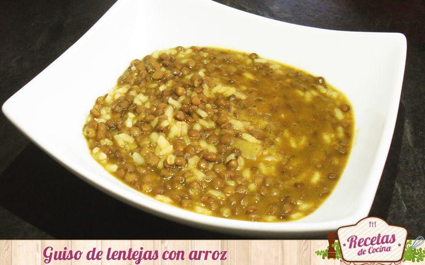 En este artículo os enseñamos a realizar unas ricas lentejas acompañadas de arroz para que el plato sea completo y así entremos en calor para este frío.