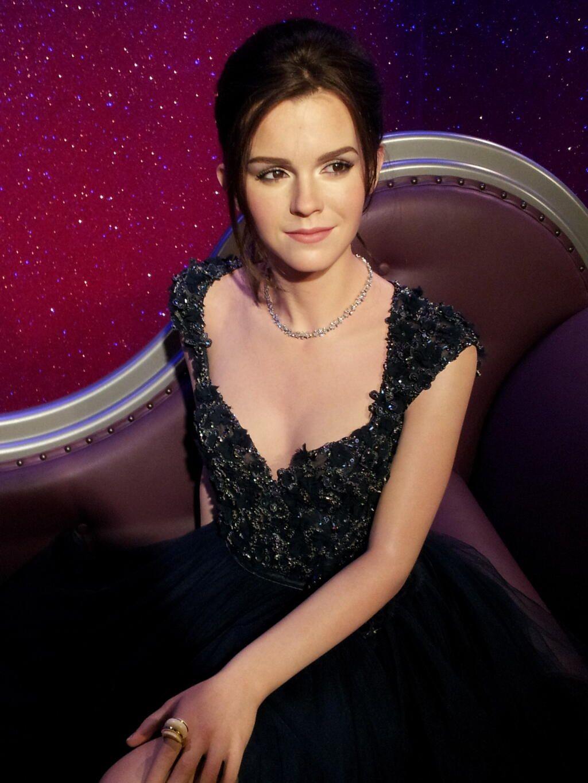 Emma Watson Net Born In April 15 Role In Harry Potter Was Great Emma Watson Emma Watson Sexiest Emma Watson Beautiful