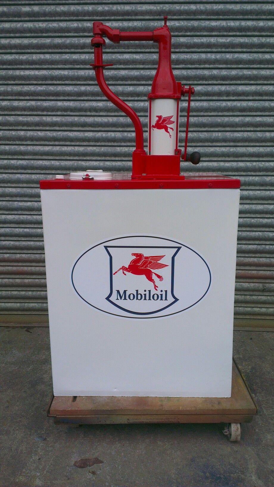 Mobiloil Garage Forecourt Oil Dispenser Motor Oil Vintage Old Gas Pumps Vintage Gas Pumps