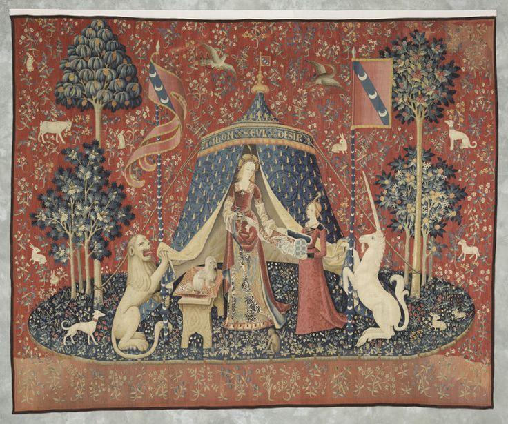 """Tapestries '6 senses'  with inscription """"To my only desire"""" """"La Dame à la Licorne : la Vue (detail)"""" 1500 @museecluny"""