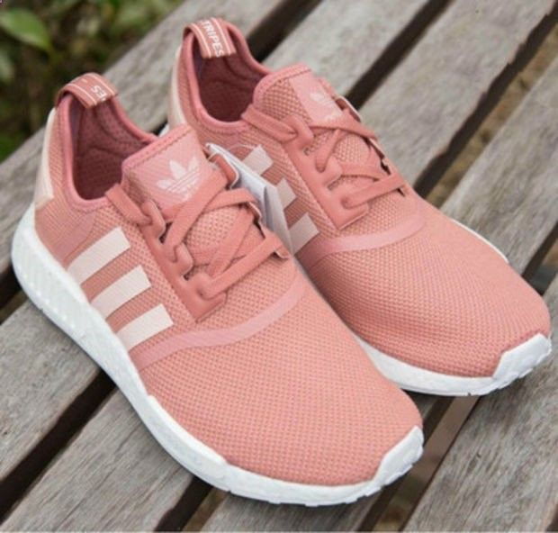 huge discount b5aca 3737b Adidas Women Fashion Trending Running Sports Shoes Sneakers