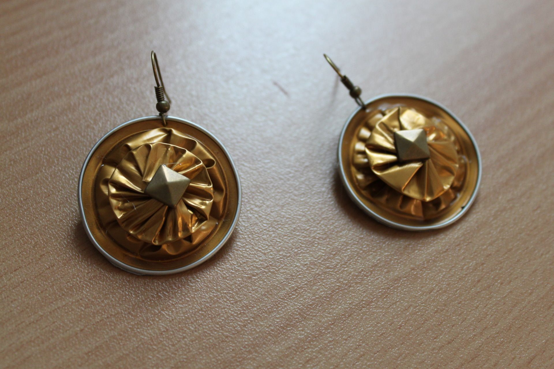 Boucles d'oreilles capsules Nespresso dorées : Boucles d'oreille par masha-boutique