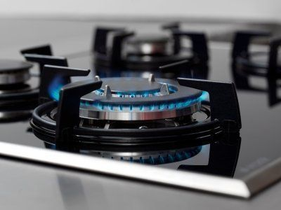 Cleaning the Burners on a Gas Stove Gas stove cleaning