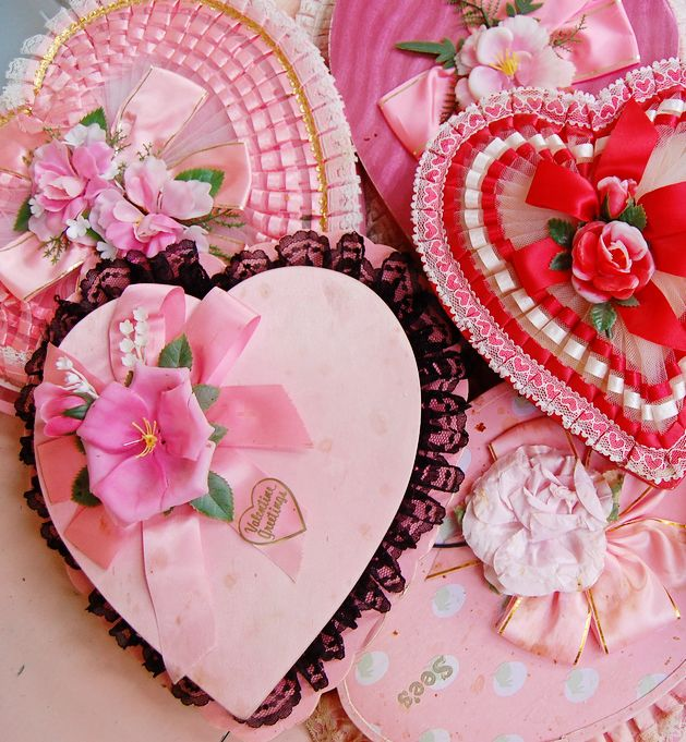 Vintage valentine\'s boxes | Vintage candy, Candy boxes and Box