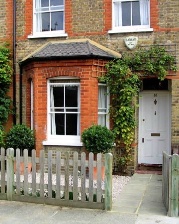 Victorian Terrace Fronts Google Search Front Garden Victorian Terrace House Victorian Front Garden