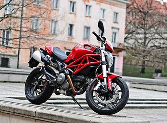 Motocykl Ducati Monster 796