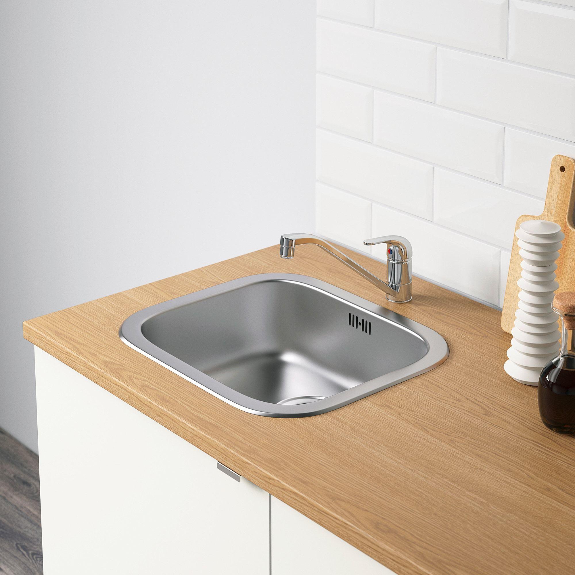 Knoxhult Kuhinja Bela Ikea In 2020 Base Cabinets Laminate Worktop Kitchen Remodel Countertops
