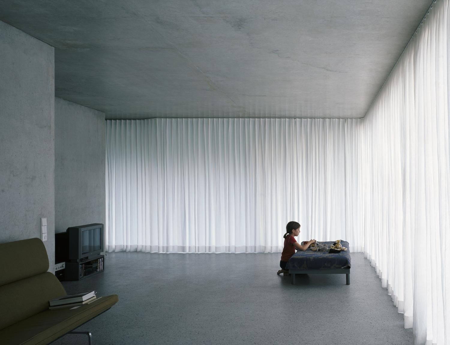 Beautiful Subdued And Diffuse Light The Appartment Building On Forsterstrasse By Christian Kerez Interior Architecture Apartment Building Arch Interior