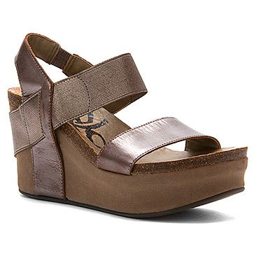 Everyone loves this go to wedge. OTBT Bushnell in Pewter
