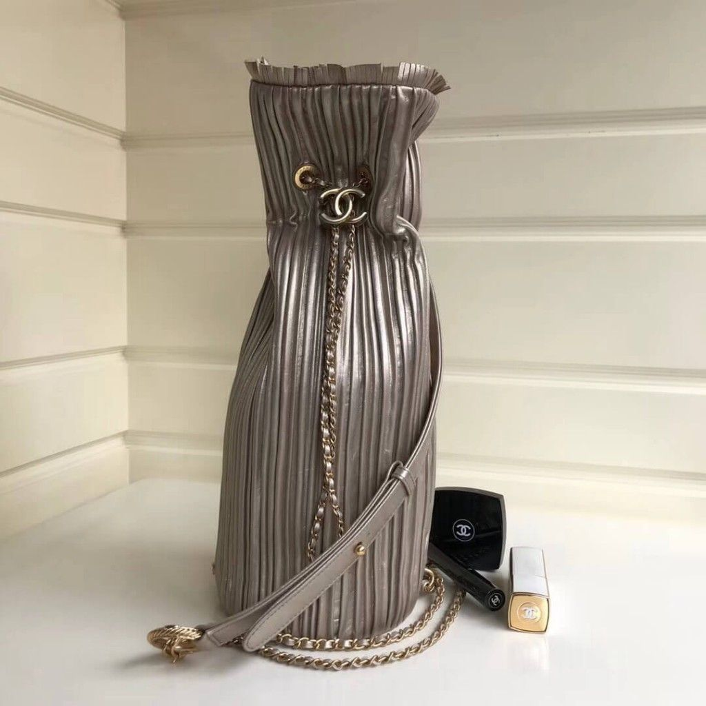 0100602f5196 Chanel Coco Pleats Medium Backpack Bag A57142 2018 what's app:  +8613569657072