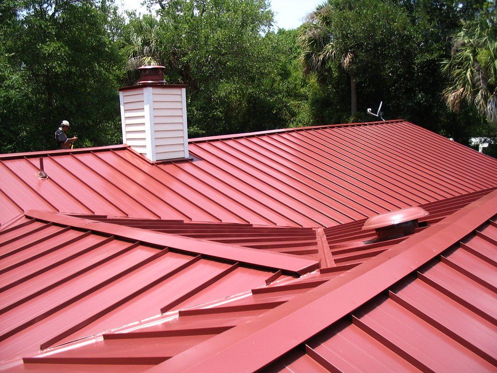 Standing Seam Metal Roof Better For Hurricanes And Lasts 50 Years Standing Seam Metal Roof Standing Seam Commercial Metal Roofing