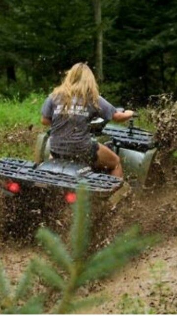 My second favorite thing to do! Mud bogging!! <33