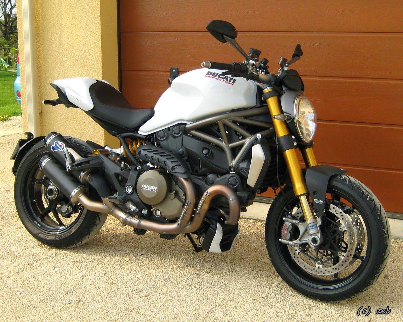 Ducati Monster 1200s With Termignoni Carbon Fiber Racing Silencer